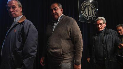 Carlos Acuña, Héctor Daer y Juan Carlos Schmid integrantes del consejo directivo de la CGT.