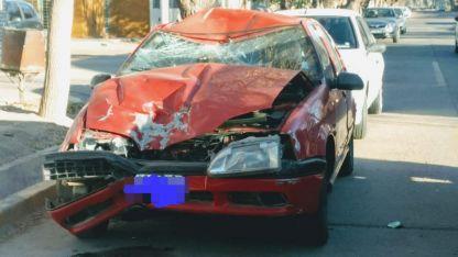 Así quedó el auto tras el violento impacto que resultó fatal.