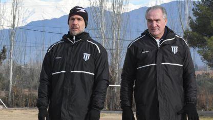 El Chaucha Bianco (der.) estuvo acompañado por Germán Noce, su ayudante de campo.