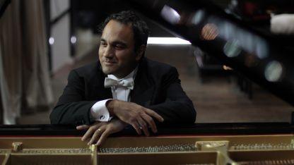 Panizza interpretará el Concierto para piano N° 21 de Mozart.