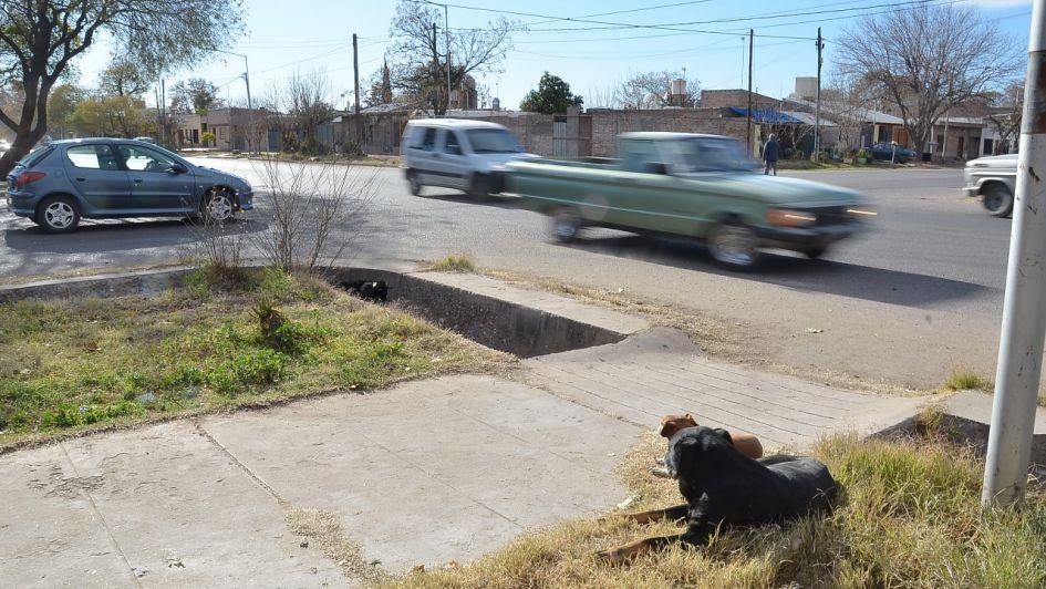 Esquina trágica en San Rafael: vecinos piden que instalen semáforos cuanto antes