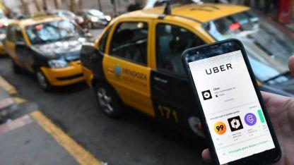 De aprobarse la norma podría operar Uber en Mendoza.