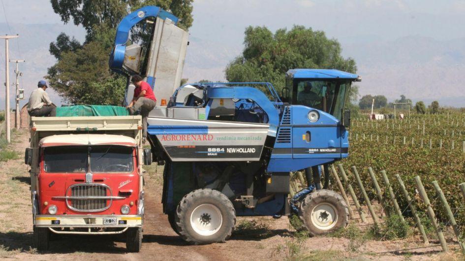 Se pueden registrar por Internet las máquinas cosechadoras de uva