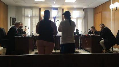 La pareja al momento de oír el veredicto.