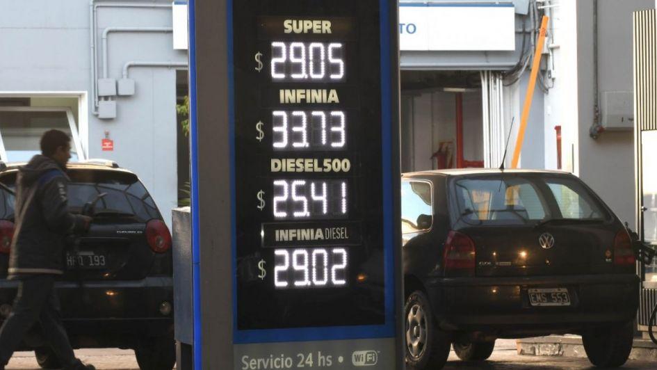 La nafta volvió a subir en Mendoza