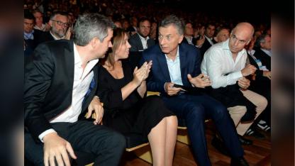 Los delfines de Macri tienen que poner el hombro, para arrimar posiciones con los gobernadores PJ.