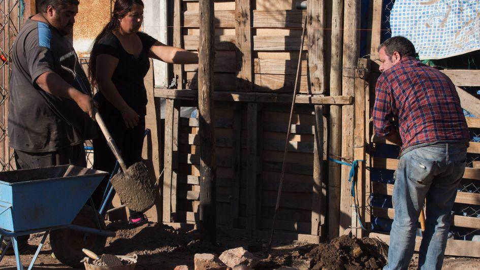 Reciclan residuos para construir un merendero en Las Heras