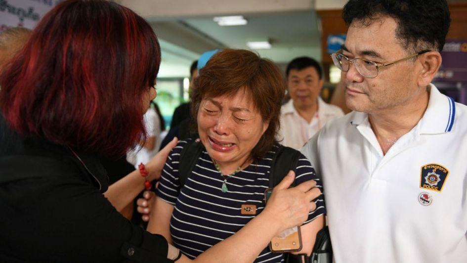 ¿Por qué los chicos de Tailandia todavía no pueden abrazar a sus papás?