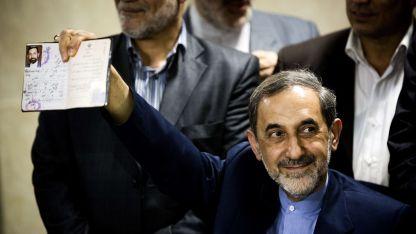 Velayati se desempeñó como ministro de Relaciones Exteriores de Irán entre 1981 y 1997.