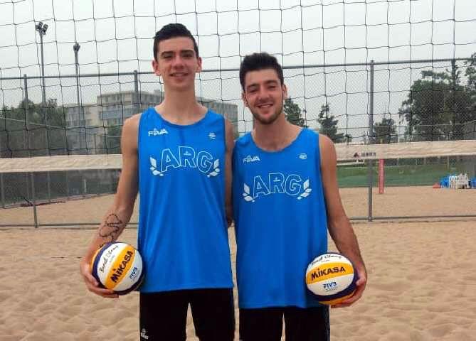 Buen debut argentino en el Mundial U19 de beach voley
