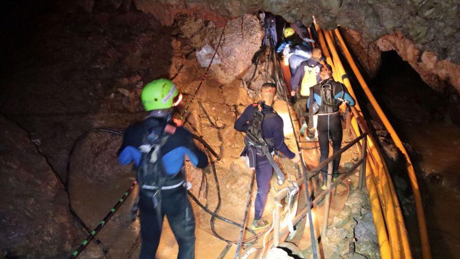 A las pocas horas de que salieran los niños de Tailandia la cueva se inundó completamente