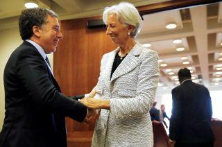 Nicolás Dujovne junto a Christine Lagarde