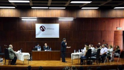 En abril de 2012 se realizó una simulación de un juicio por jurados en Mendoza.
