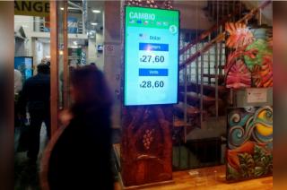 La moneda norteamericana subió también en las casas de cambio del Centro en Mendoza.