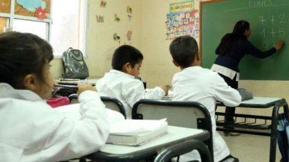 Una maestra enseñó a escribir a sus alumnos con un particular ejercicio