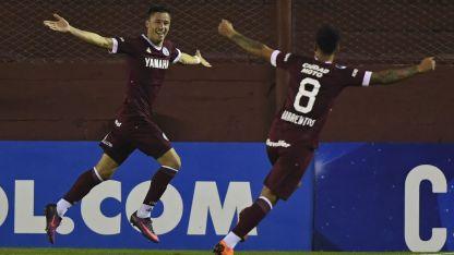 García Guerreño festeja el gol del triunfo.