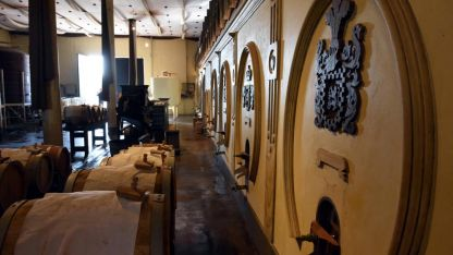 Sector de elaboración del aceto balsámico auténtico, bajo el estricto control de productores de Módena, Italia.