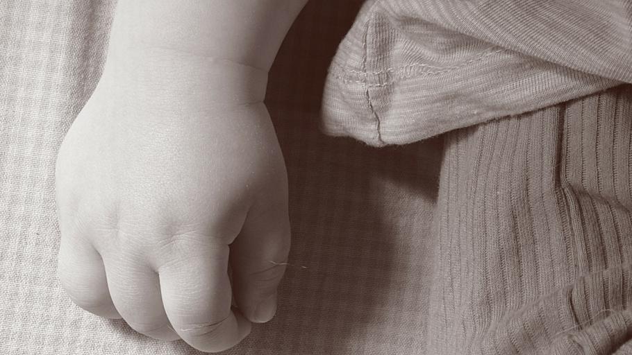 320f2bf6a La nena abusada de San Carlos decidió con su madre no abortar y conservará  al bebé
