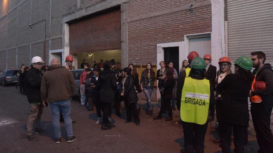 Susto y cientos de evacuados en el Mendoza Plaza Shopping por un incendio