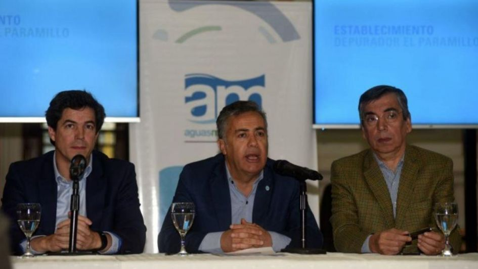Cornejo anunció que se medirá el consumo de agua
