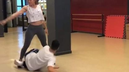 El video de la caída de Jimena Barón en pleno ensayo para el Bailando