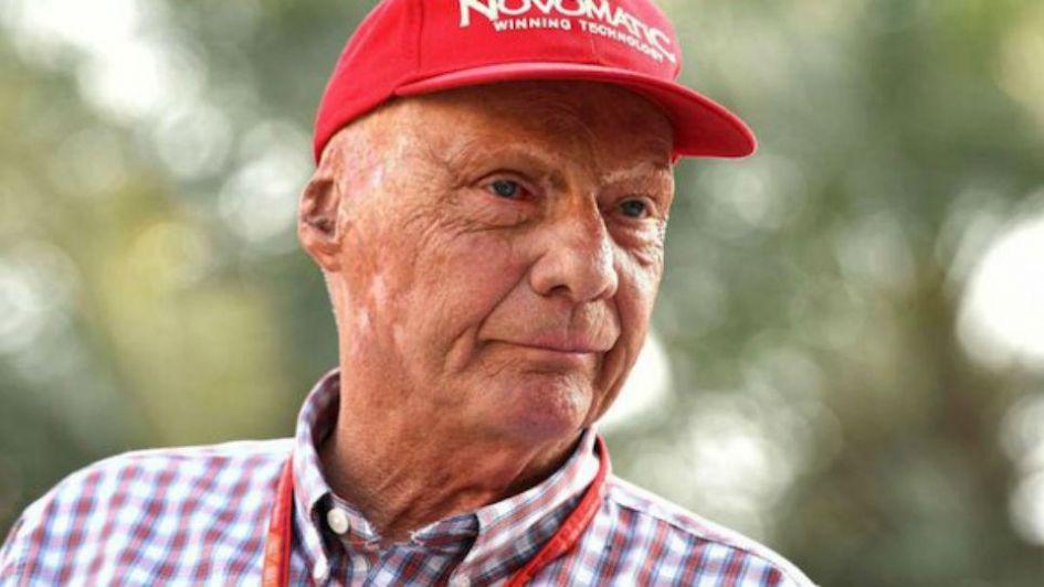 Tras el trasplante de pulmón, Niki Lauda ya respira por sí mismo