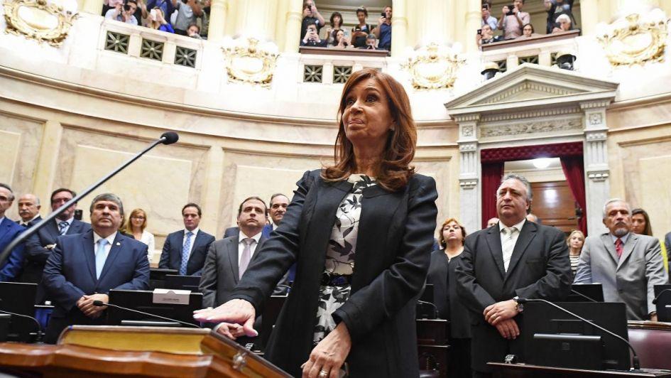 Allanamientos: el Senado avanzó contra Cristina pero exige respuesta de Bonadio