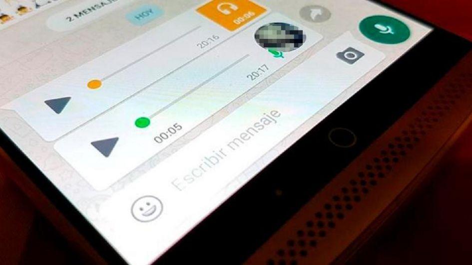 Cómo escuchar los audios de WhatsApp antes de enviárselos a tus contactos