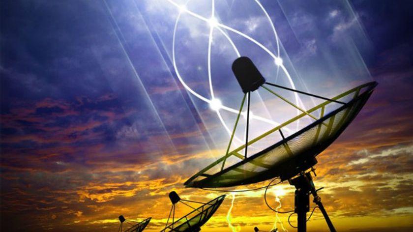 """Detectan una misteriosa señal de radio """"extraterrestre"""""""