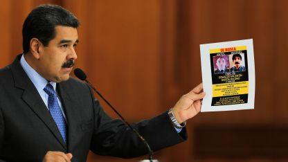 El presidente Maduro habla durante un programa de TV desde la Casa de Gobierno.