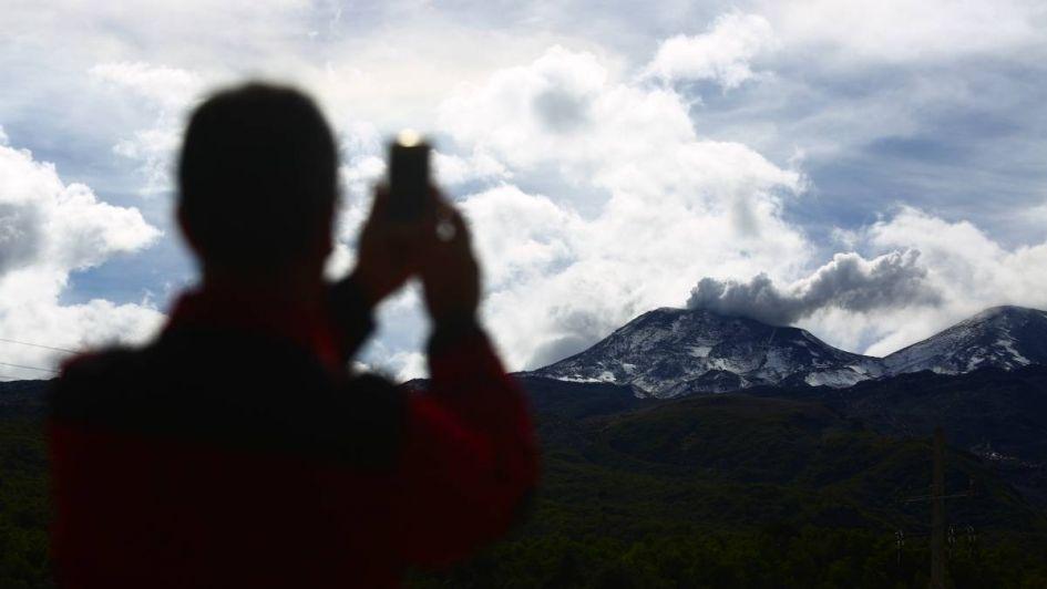 Explotó el volcán Nevados de Chillán en Chile a la altura de Malargüe