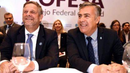 Adolfo Rubinstein junto a Alfredo Cornejo, en la apertura del Consejo Federal de Salud.