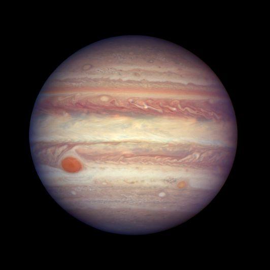 Una teoría científica explica por qué los colores  Júpiter son tan nítidos y brillantes