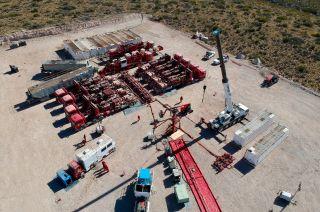 En el yacimiento Puesto Rojas, la empresa usa el fracking en cinco pozos. A fin de año llegarán a 15.