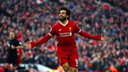 Salah tendría problemas con la policía por manejar usando el celular,