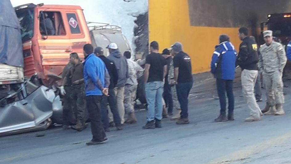 Dos muertos y tres heridos tras un impactante accidente en Alta Montaña