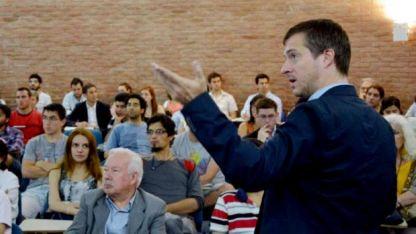 Urs Urban, especialista del DAAD que dio una charla informativa en la UNCuyo.