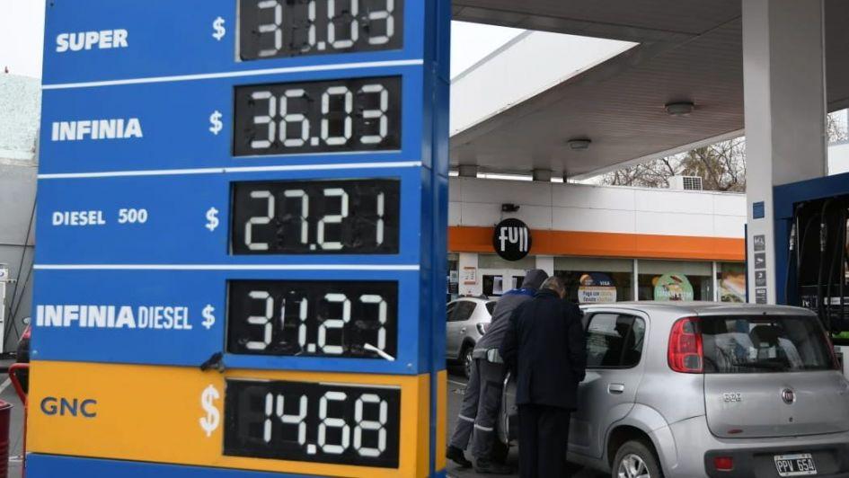 YPF volvió a subir el precio de sus combustibles por tercera vez en el mes