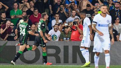 Domenico Berardi festeja el gol del triunfo del Sassuolo.