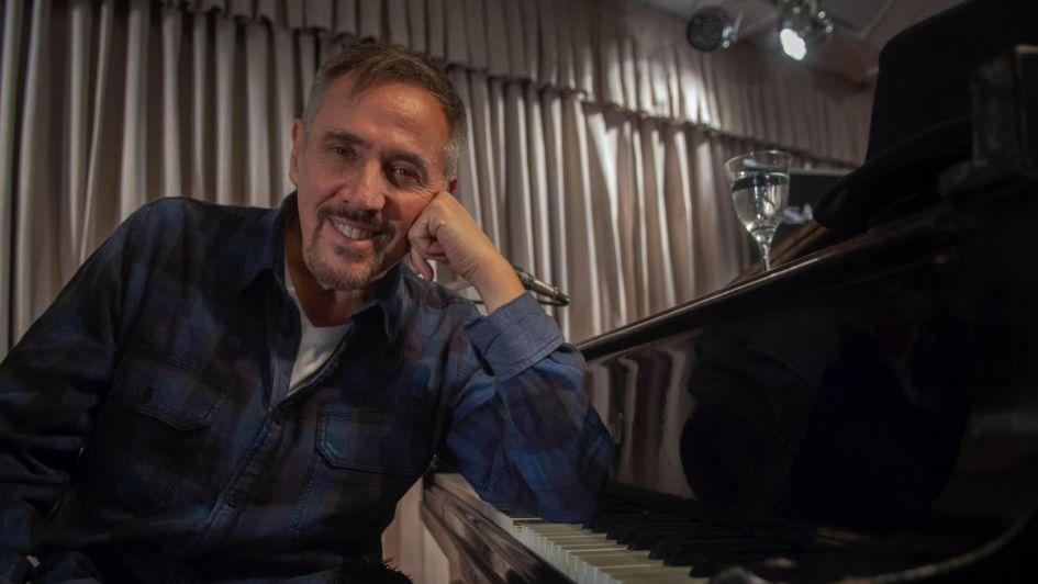 Alejandro Lerner, íntimo en el Auditorio Adolfo Calle en un nuevo #VivoLA