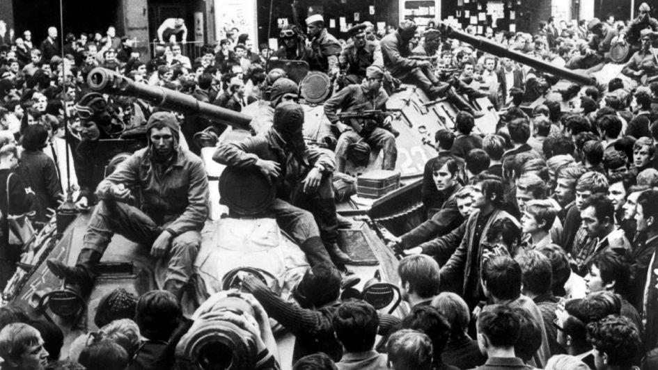 Ex Checoslovaquia: hace 50 años, los tanques soviéticos aplastaron la Primavera de Praga