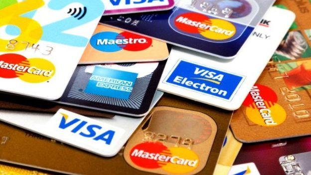 Las tarjetas de crédito podrían incrementar el interés por pagos en cuotas