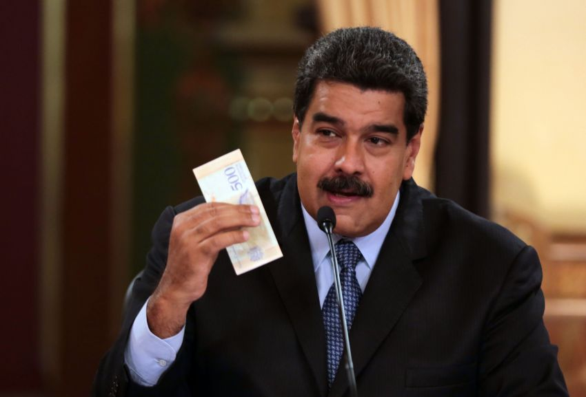 Gobierno traslada a 90 venezolanos desde Ecuador