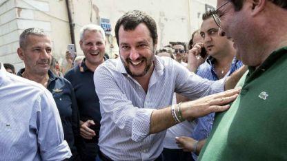 El ministro del Interior Matteo Salvini tiene más poder que el presidente Mattarella.