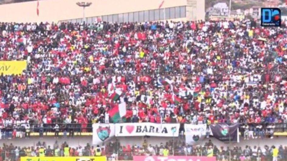 Tragedia en Copa de África 37 heridos y un muerto por avalancha en estadio de Madagascar