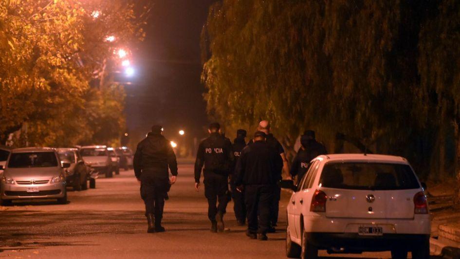 Arrojaron un bolso con dos granadas cuando huían de la Policía en Guaymallén