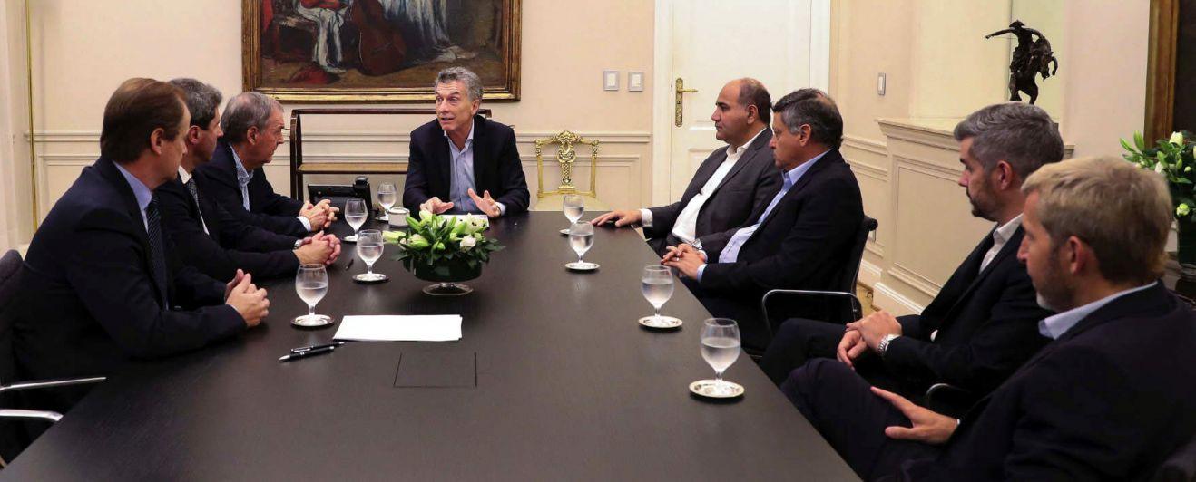 Crucial reunión por el déficit cero entre Macri y los gobernadores
