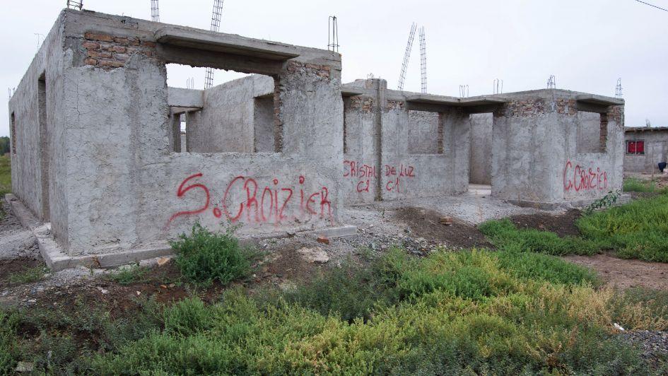 El Gobierno terminará las 700 casas inconclusas de la Tupac Amaru