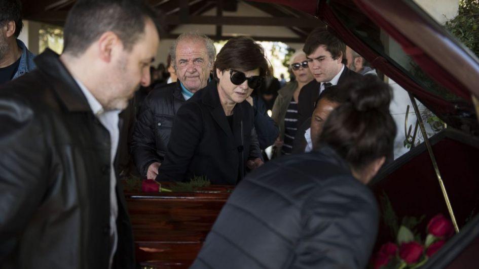 El último adiós a la mamá de Araceli González