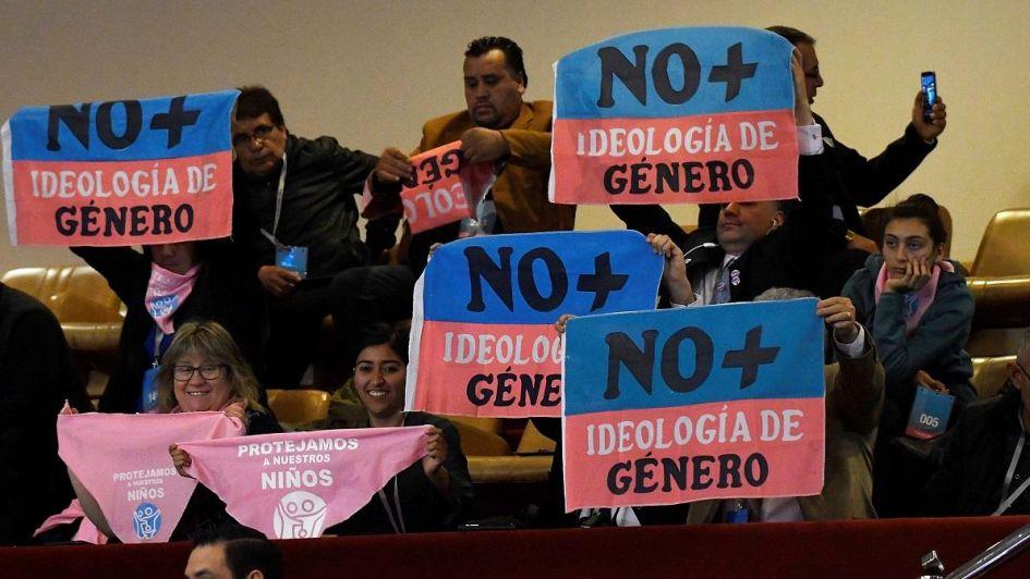 Resultado de imagen para El congreso de Chile aprobo ley de genero